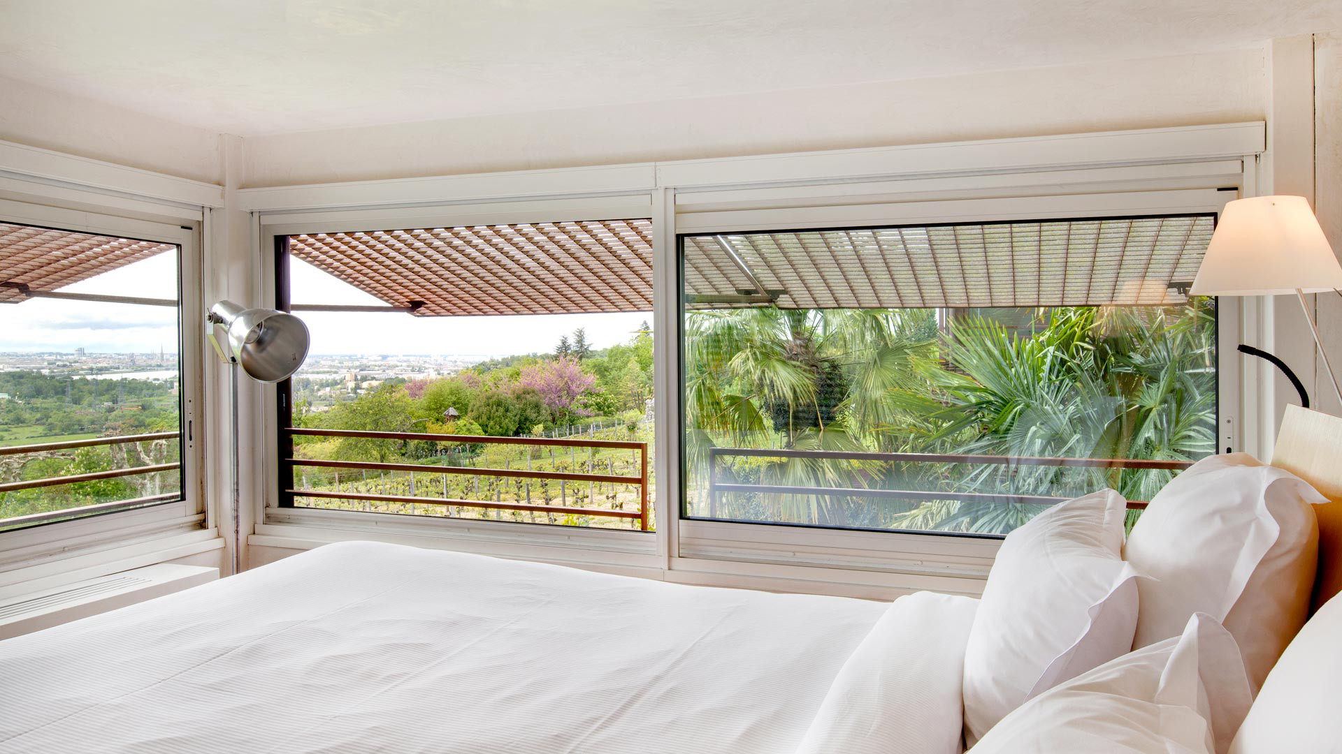 unique chambre avec jacuzzi privatif aquitaine. Black Bedroom Furniture Sets. Home Design Ideas