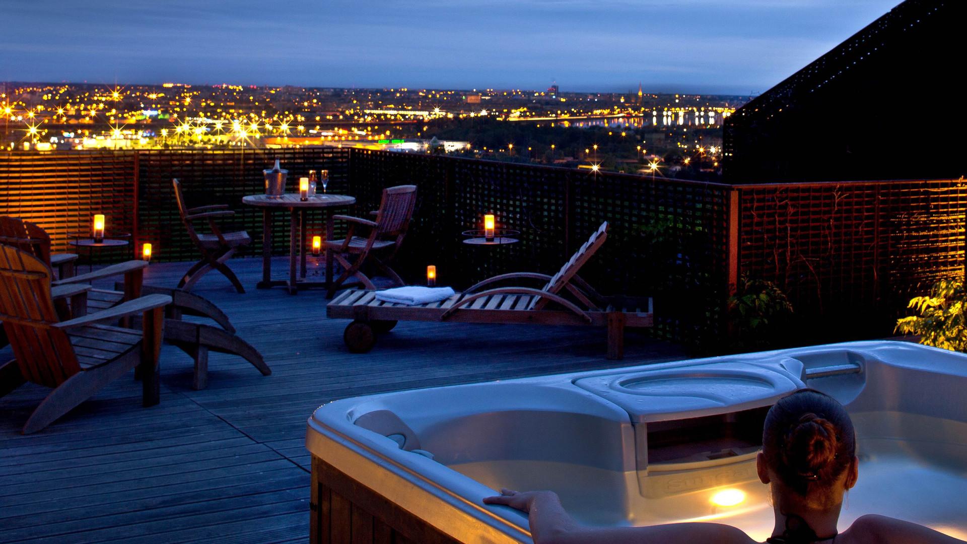 Terrasse suite Jacuzzi - Le Saint-James